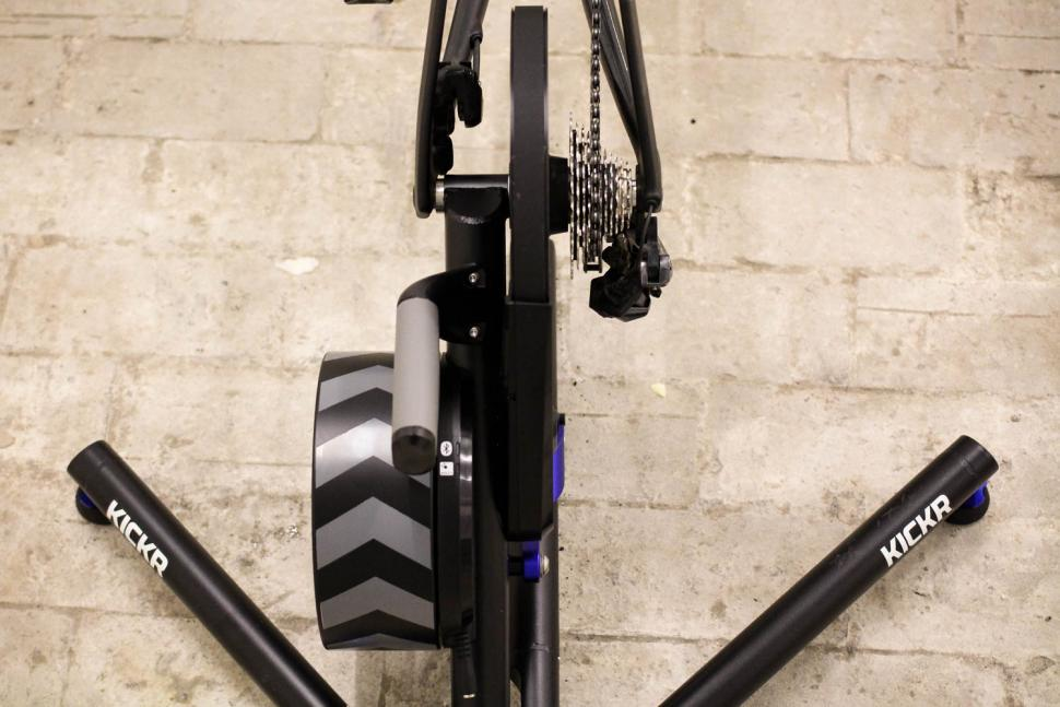 Wahoo 2018 Edition KICKR Smart Trainer - back profile.jpg