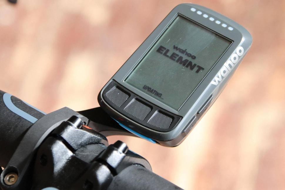 Review: Wahoo Elemnt Bolt GPS cycling computer | road cc