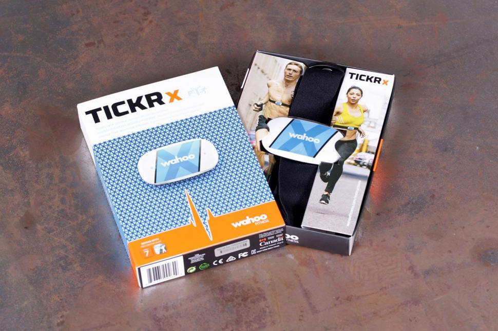 wahoo tickr x  Review: Wahoo Tickr X Heart Rate Monitor