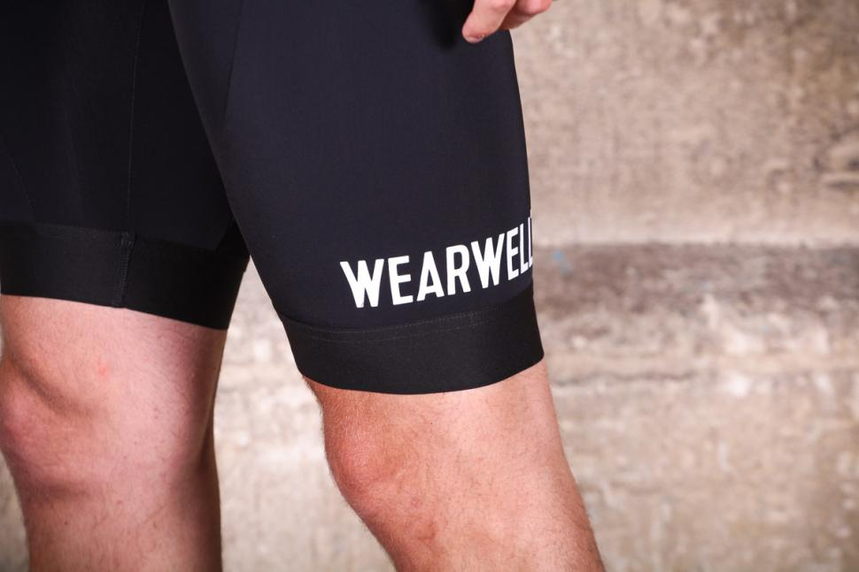 wearwell_cycle_company_revival_bib_shorts_-_cuff.jpg