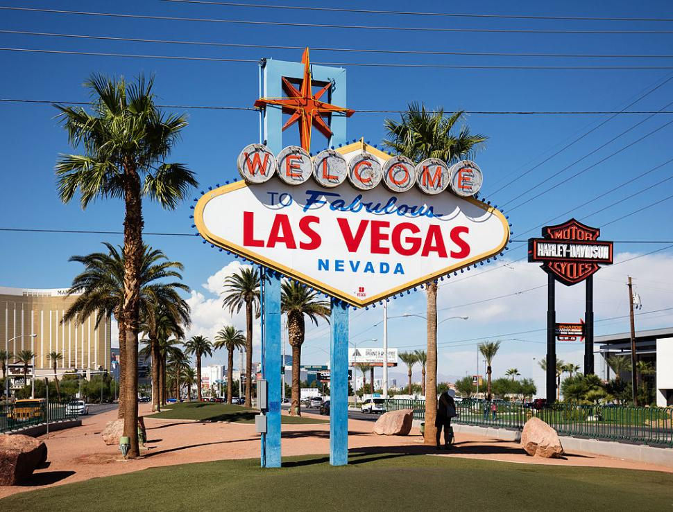 Welcome to Fabulous Las Vegas (licensed CC BY-SA 3.0 DE by Thomas Wolf).jpg