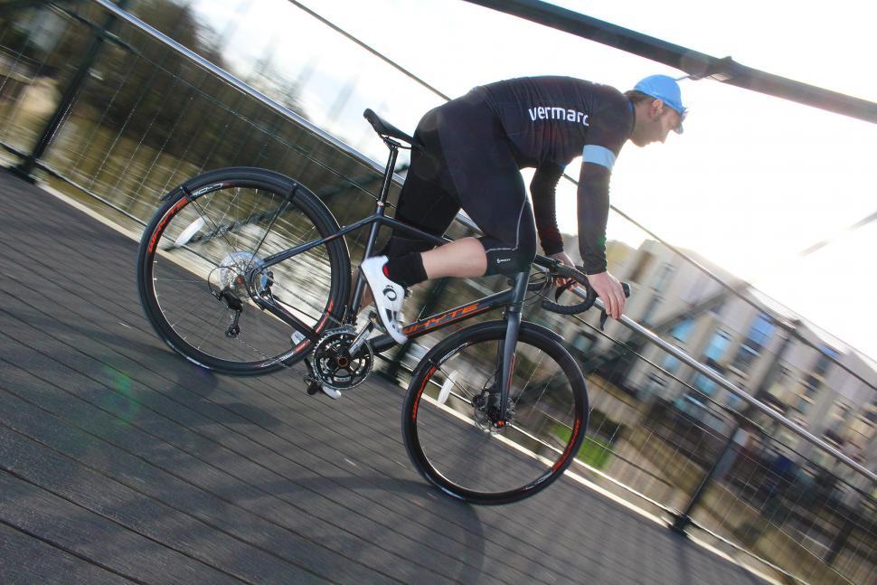 Whyte Suffolk 105 - riding 4.jpg