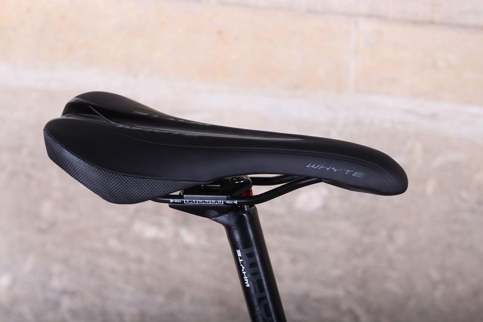Whyte Suffolk 105 - saddle.jpg