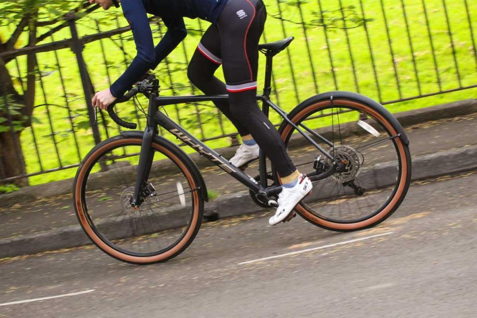 whyte_glencoe_-_riding_2.jpg
