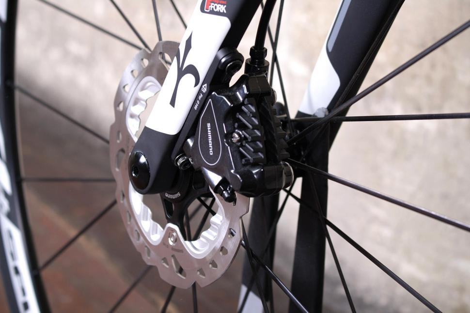 Wilier GTR Team Disc - fron disc detail.jpg