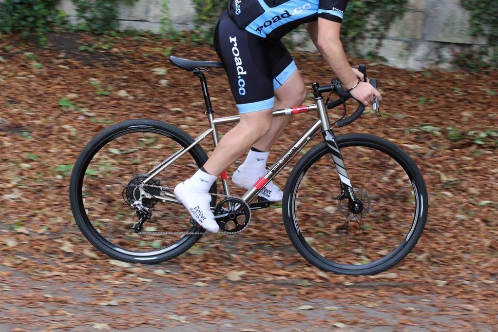 Wilier Jaroon - riding 3.jpg