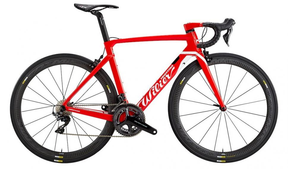 Wilier_Cento_10_Air_Red_a8d2d019-06c2-47c4-b27f-28318126f7fa
