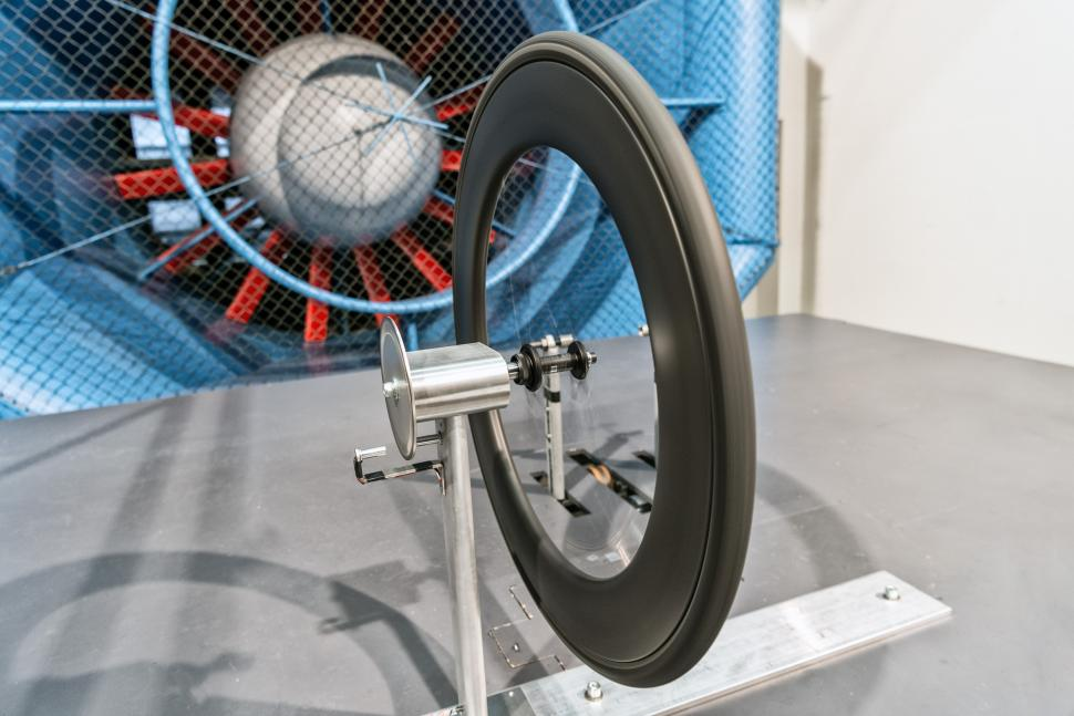 Wind_tunnel_rotational_drag_rig.jpg