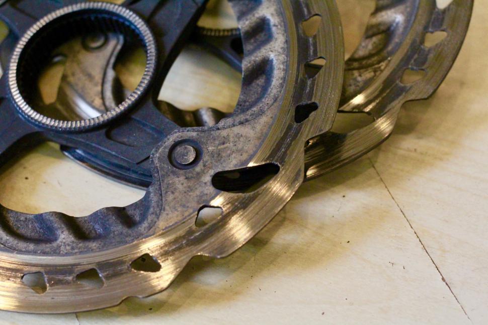Worn disc brake rotor - 1 (1)