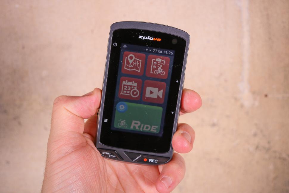 xplova x5 evo bianchi  Review: Xplova X5 Evo GPS Cycling Computer