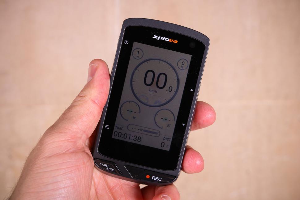 Xplova X5 Evo Smart Video Cycling Computer - stats screen 2.jpg