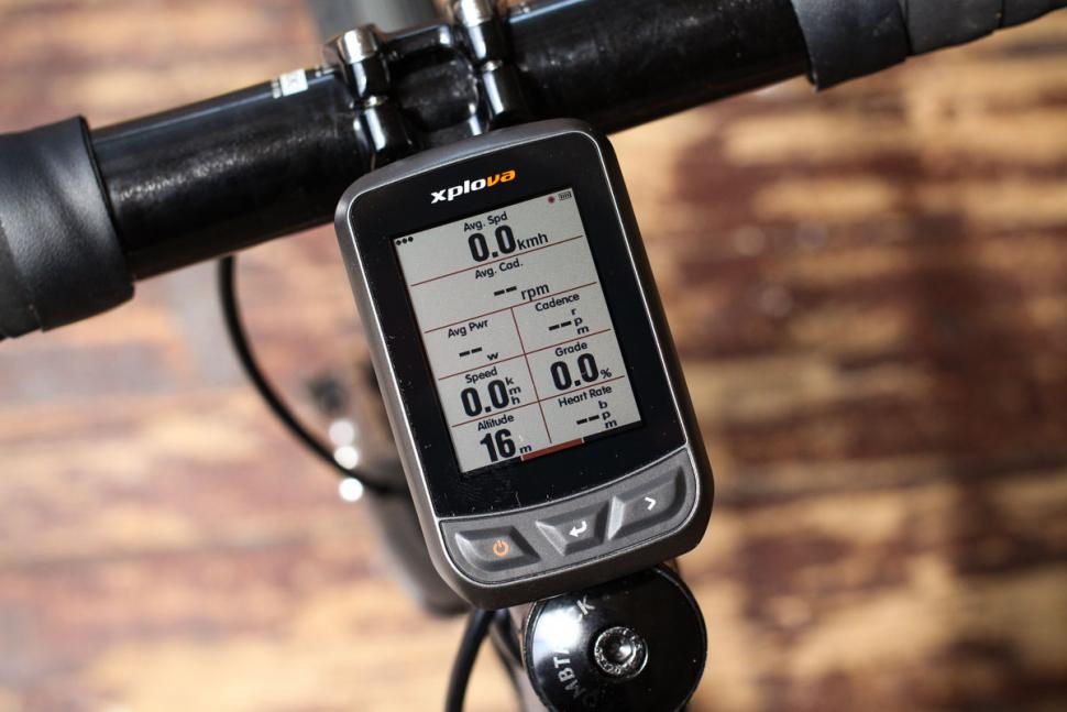 xplova_x3_gps_cycling_computer_-_screen_2.jpg