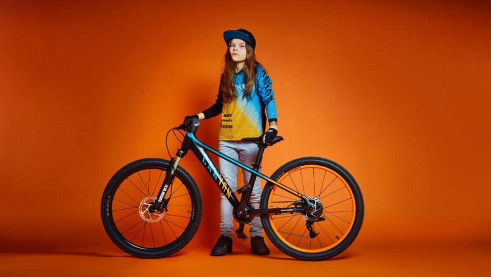 Canyon Reveals Kids Bike Range Road Cc