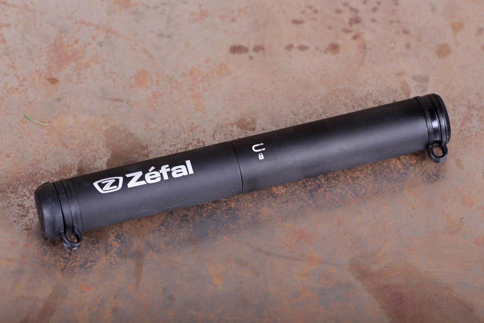 Zefal EZ Max FC CO2 Inflator - pump.jpg