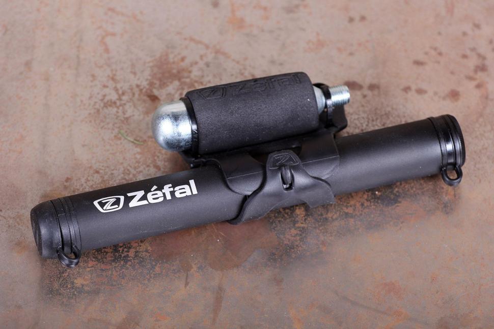 Zefal EZ Max FC CO2 Inflator.jpg