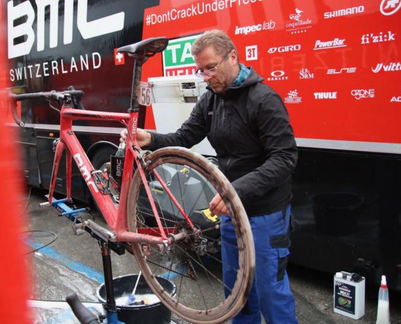How to clean your bike - from a quick lick to a full makeover
