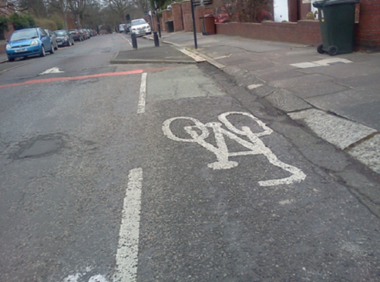 "Live blog: Boardman says councils are ""pouring money down the drain"" painting dashed white line 'cycle lanes'; Matteo Trentin's angry tweet on UCI safety regs; Weekend catch-up + more"