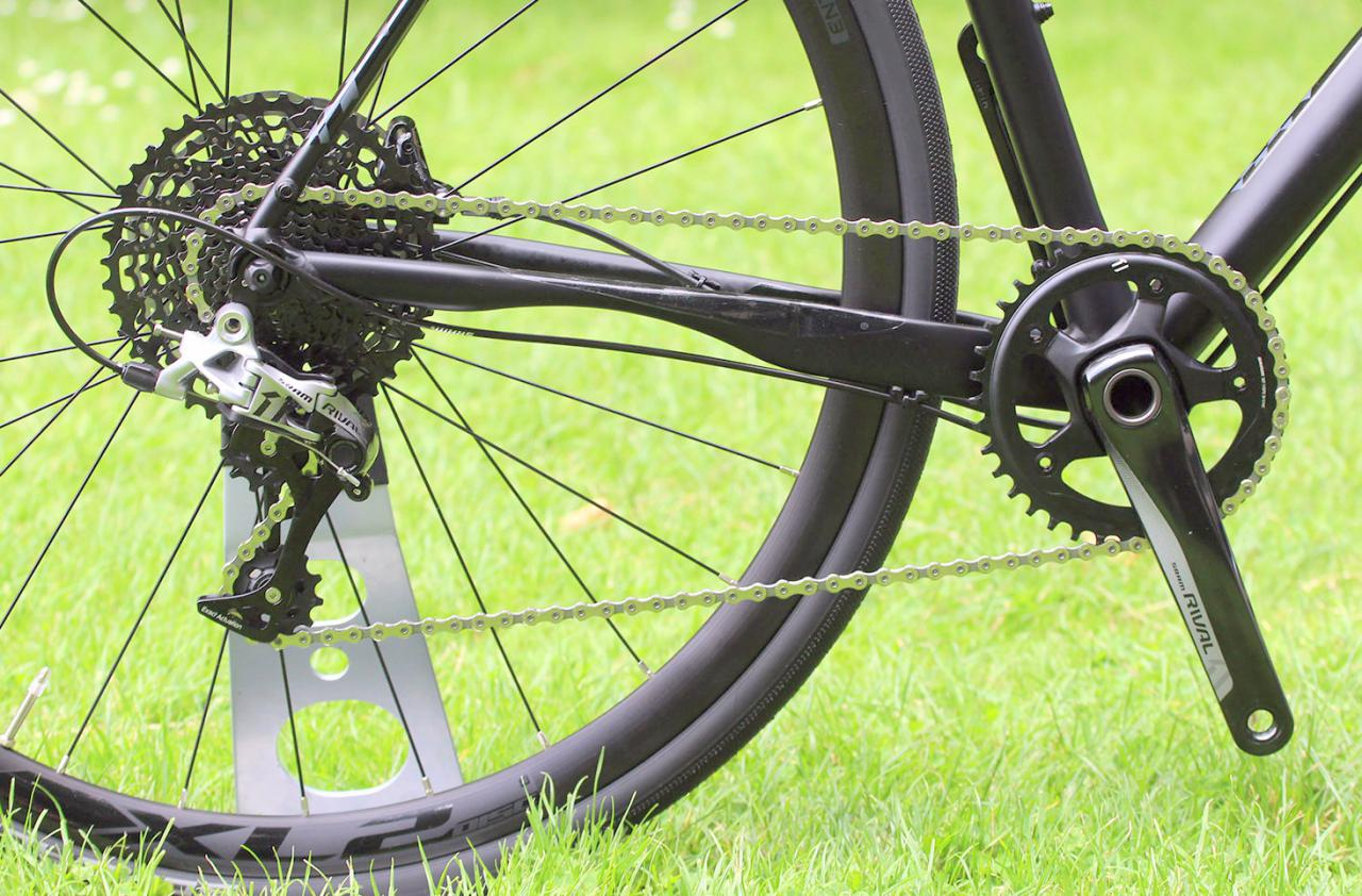 366bcf9ee79 22 road, gravel and cyclocross bikes with 1X gearing – can one chainring do  it all?