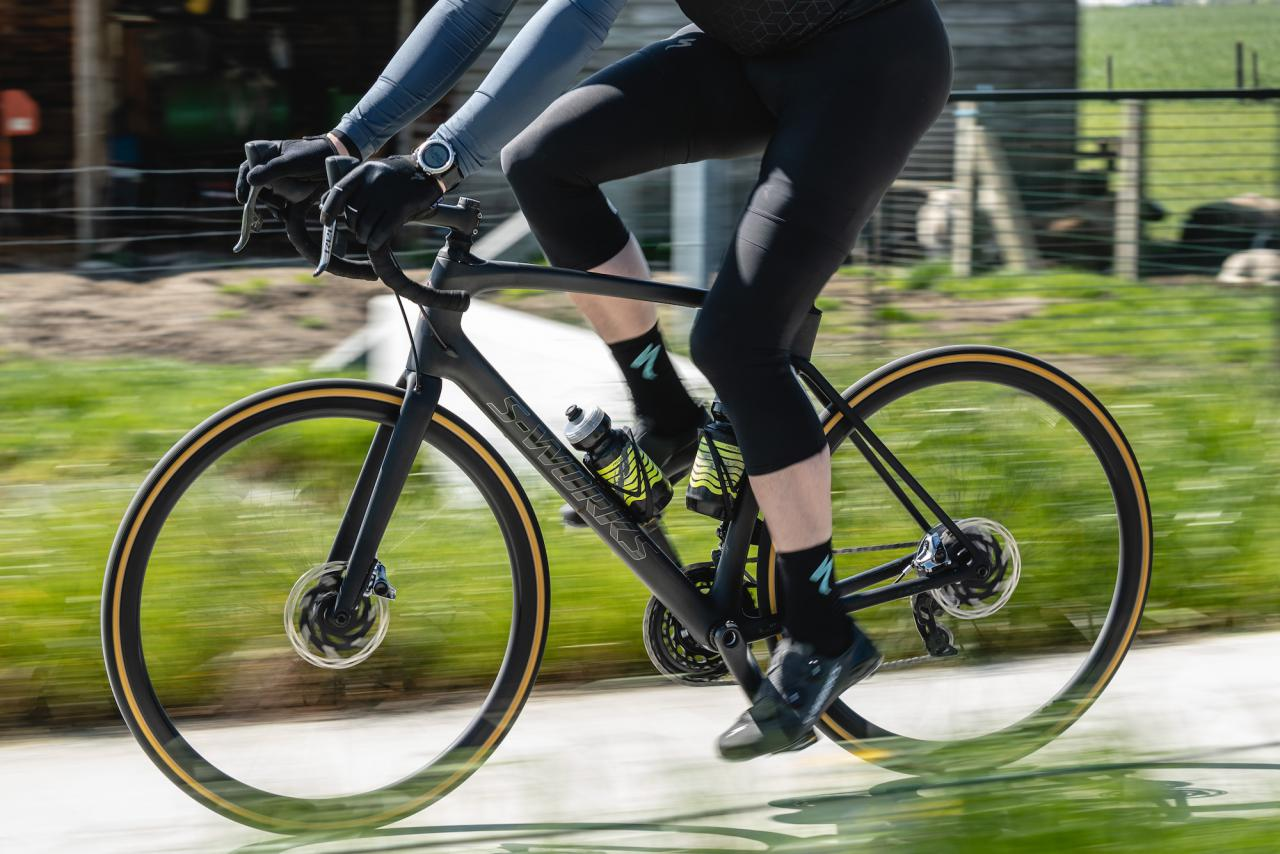 First ride: Specialized S-Works Roubaix with Shimano Dura Ace Di2 + in-depth with the tech video