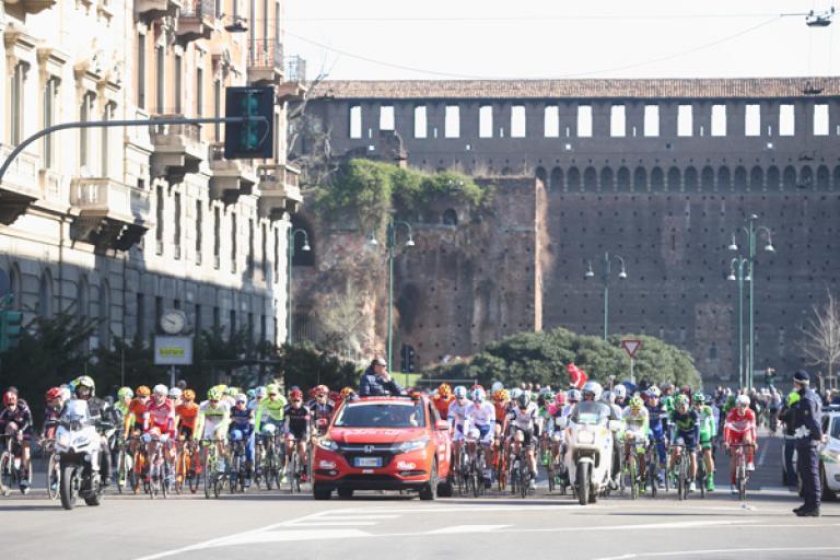 2016 Milan-San Remo (ANSA, PERI - BAZZI).jpg