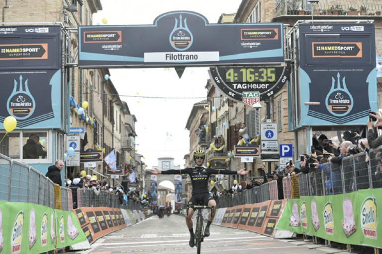 Adam Yates wins Stage 5 of 2018 Tirreno-Adriatico (picture credit LaPresse - D'Alberto, Ferrari).jpg