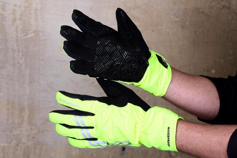 Altura Night Vision Glove.jpg