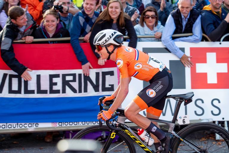 Annemiek van Vleuten wins the 2019 road race (picture credit SWPix.com)