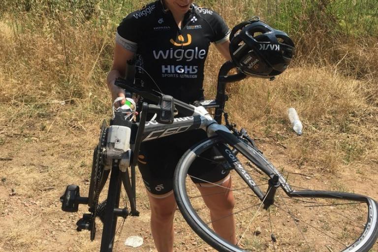 Annette Edmondson's mangled bike (via Twitter).jpg