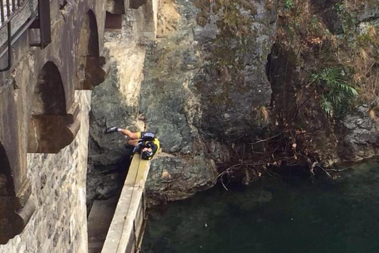 Arnold Friek having fallen from bridge (Christina Jewelry Facebook page).jpg