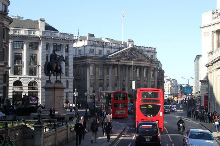 Bank Junction before it was closed to traffic other than buses and cyclists (licensed CC BY 2.0 by Ronnie Macdonald)