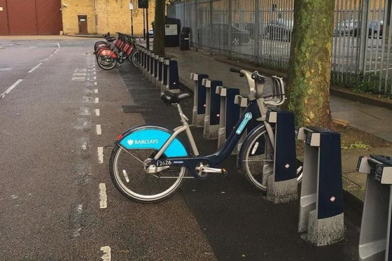 Barclays Bike turns up 18 months late (image courtesy of @BradTubbs)