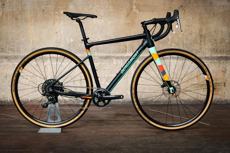 Bergamont Grandurance 6 gravel bike-1