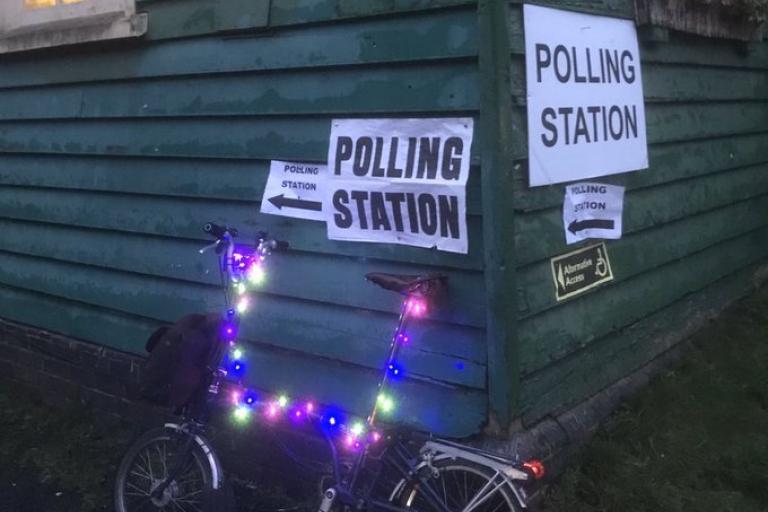 Bike at polling station (Graham Boulton via Twitter)