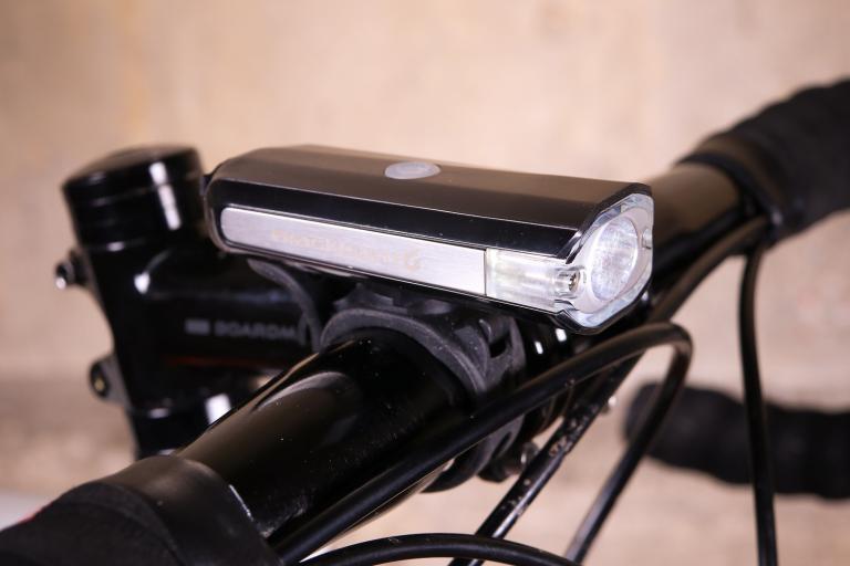 Blackburn Central 350 Micro front light.jpg