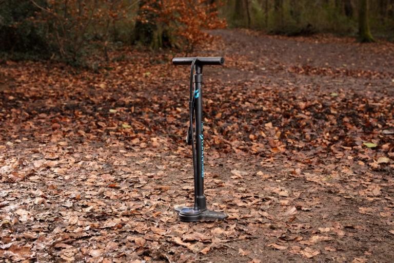 Blackburn track pump