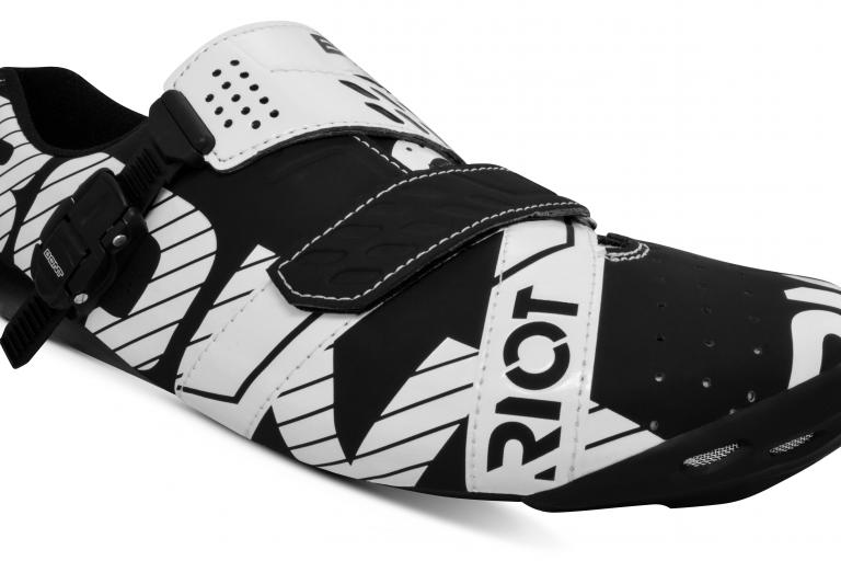 Bont Riot Buckle Black White-1
