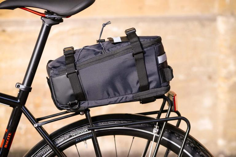 a6f7a38b802 BTR Deluxe Rack Pannier Bike Bag With Shoulder Strap