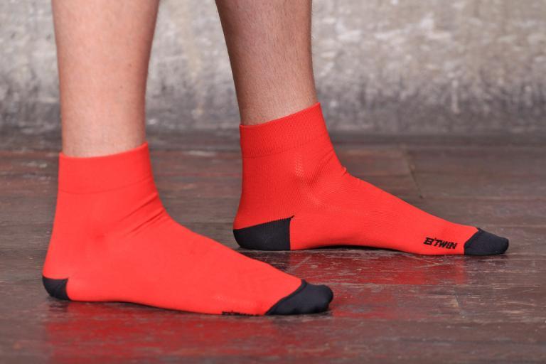 BTwin 500 Cycling Socks.jpg