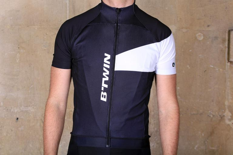 BTwin 700 Cycling Jersey.jpg