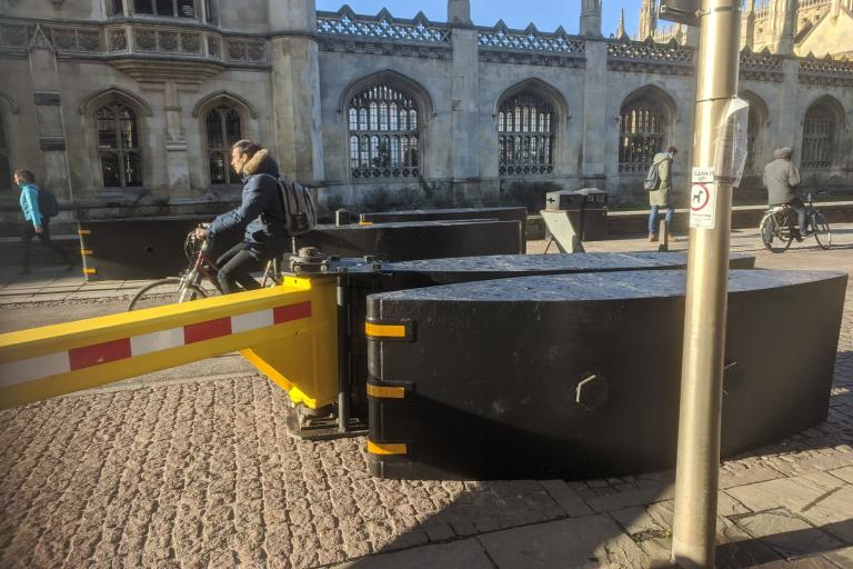Cambridge King's Parade barrier (picture credit Cab Davidson)