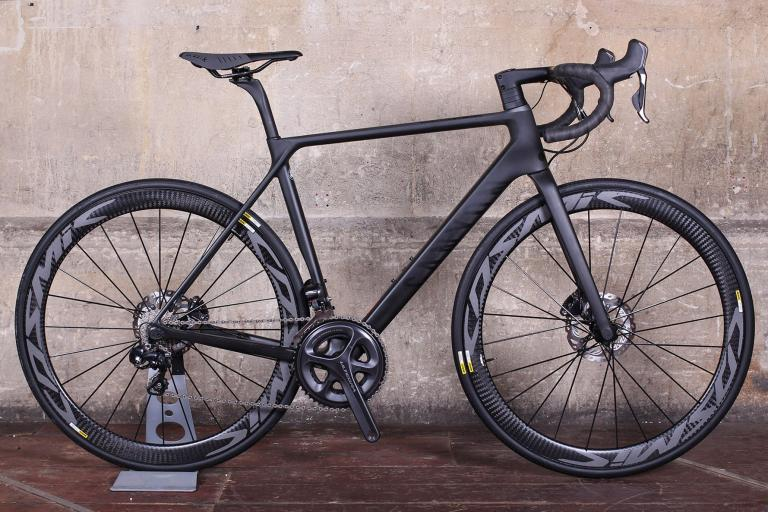 Canyon ULTIMATE CF SLX DISC 8.0 DI2.jpg