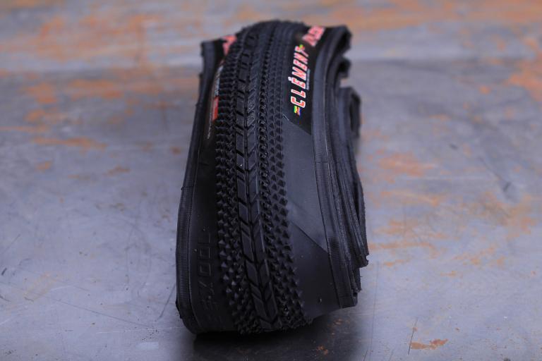 Clement XPlor USH tyre.jpg
