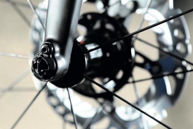 Disc brake and hub.jpg