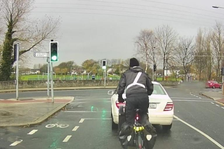 Dublin cyclist at junction (via TaxiMatt on Twitter)