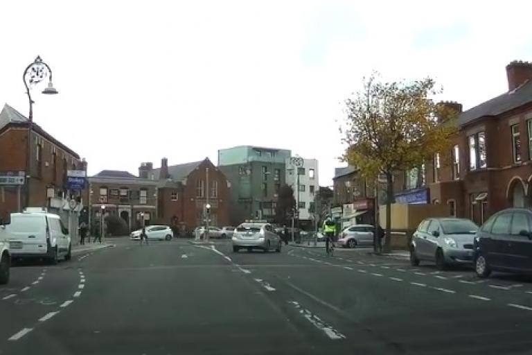 Dublin taxi driver and cyclist (via Streamable)