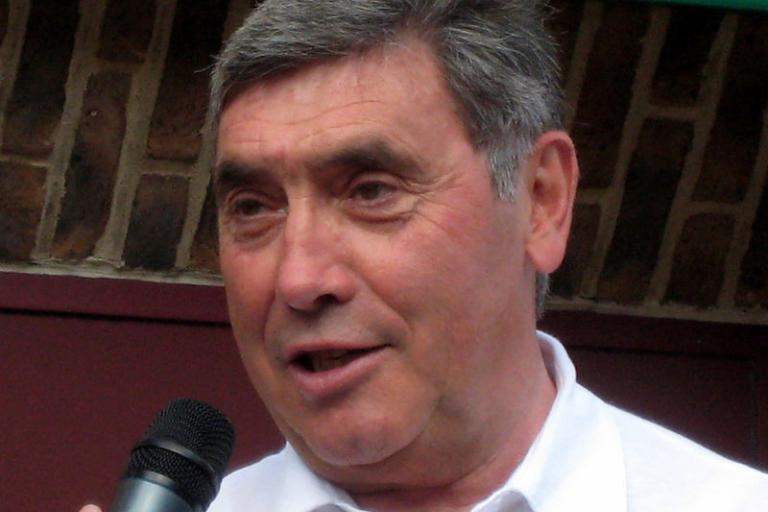 Eddy-merckx 2010 wikimedia commons