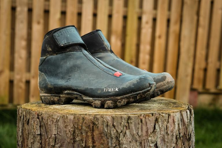 Fizik Artica X5 SPD shoes-1