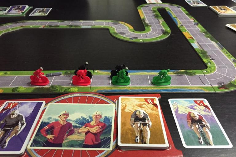 Flamme Rouge in play (via Facebook).jpg
