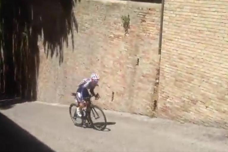 Giro Rosa climb (via Twitter).jpg