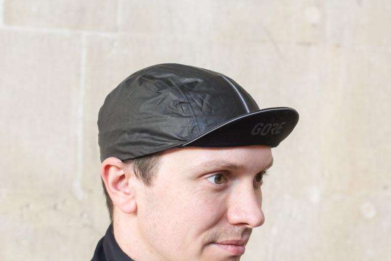 Gore-C5-Goretex-Shakedry-cycling-cap-review-100